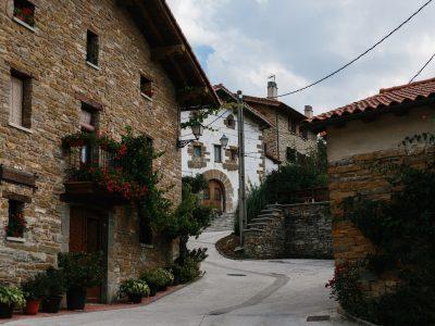 Day 2 | Roncesvalles to Larrasoaña | 27.4 km | Camino de Santiago